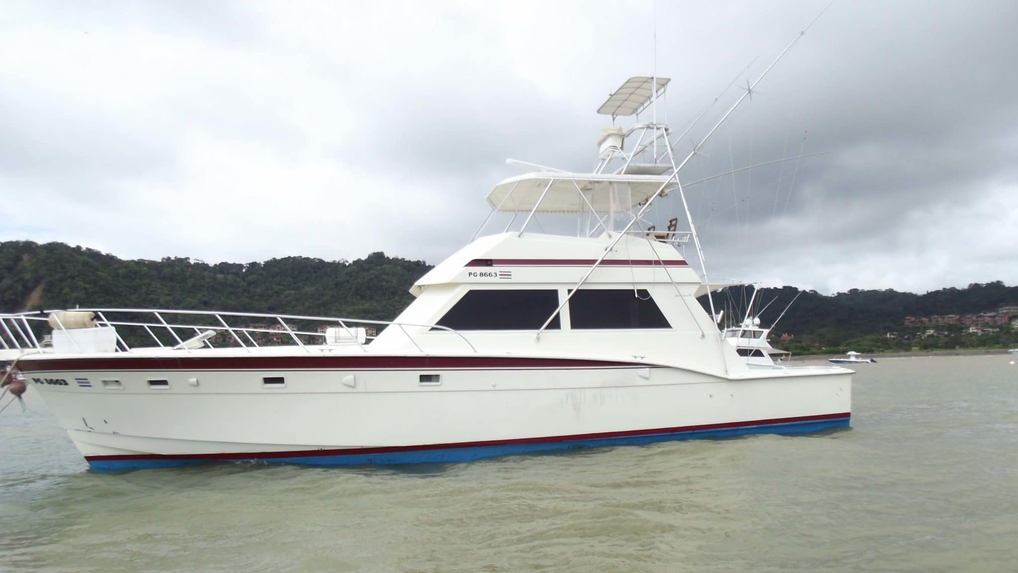 43 Maverick Quepos Fishing