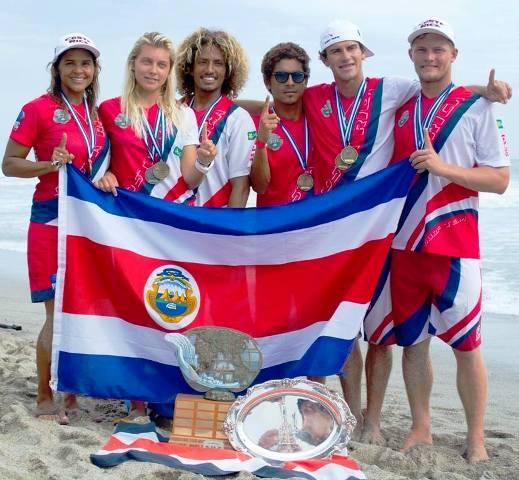 Costa Rica Surfing Team in 2015